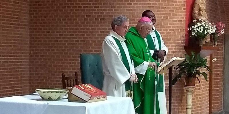 Visita del anterior obispo, D.José Sánchez